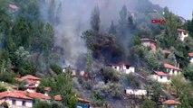 Ankara'da gecekondu bölgesinde yangın