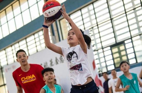 姚明女兒登場打球砍下6分,她是中國女籃的未來希望?