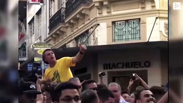 Bolsonaro publishes a video of the day he was stabbed in an election rally