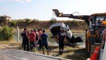 Otomobil sulama kanalına düştü: 1 ölü (2) - KONYA
