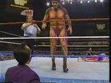 Giant González vs. Randy Savage [1993-09-26