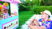Swan Pretend Play Ice Cream Shop