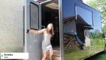 Parmilieu : Pauline Capuano sillonne la campagne à bord de son camion de coiffure