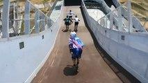 Tekerlekli patenlerle yapılan yeni spor için heyecan tutkunları Moskova'da buluştu