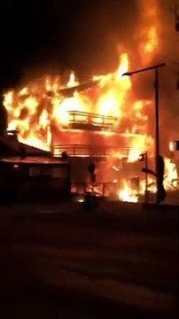 Violent incendie dans le centre ville de Morzine