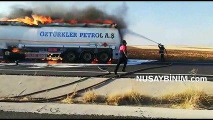 Nusaybin'de yakıt yüklü tanker yandı