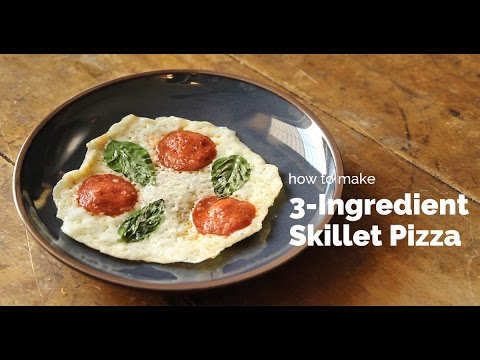 How to Make 3-Ingredient Skillet Pizza