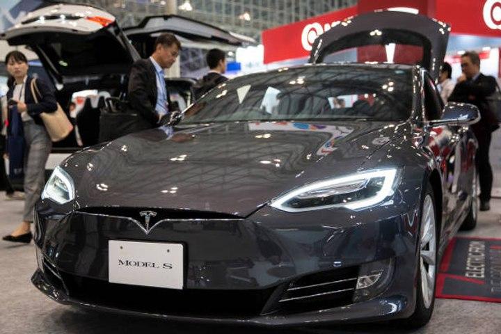 Tesla ahora solo en ventas online