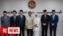 King opens hemodialysis centre