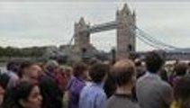 Londres recuerda, cerca del London Bridge, a las víctimas de los ataques