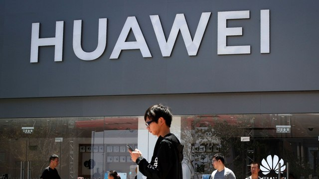 Huawei Responds to Expected Trump Ban