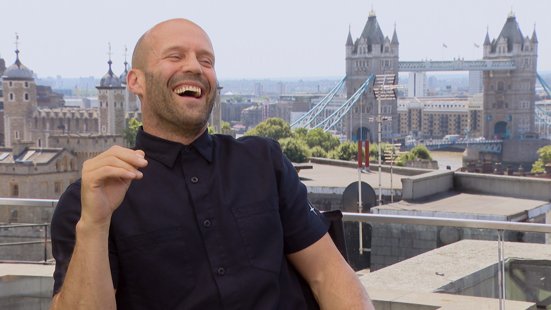 """""""Hobbs & Shaw"""" Star Jason Statham on Action, Family, and """"The Rock"""""""