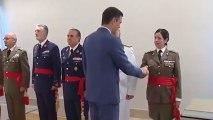 El vídeo de la polémica con la foto entre Sánchez y los Generales