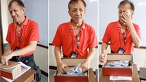 Un professeur ému aux larmes devant le cadeau de ses élèves