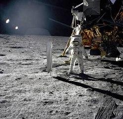 Hace 50 años, el hombre pisó la luna