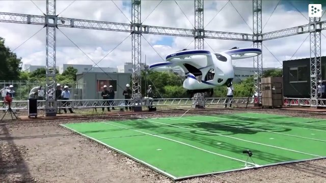 Japan dreams about flying cars and already has one that flies about a minute