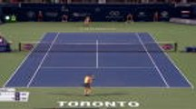 Toronto - La surprise Bouzkova fonce vers Serena Williams