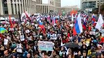 Decenas de detenidos en Rusia en un nuevo sábado de protestas