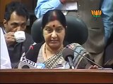 Joint Press On F.D.I & Parliment Session Smt. Sushma Swaraj & Sh. Arun Jaitley 28.11.2011