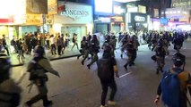 Acciones relámpago y gas lacrimógeno en protestas en Hong Kong