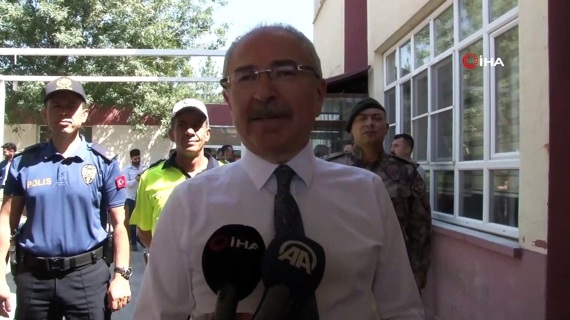 Mardin Valisi Yaman güvenlik güçleri ile bayramlaştı