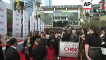 Stars including Miley Cyrus and Liam Hemsworth walk the red carpet at the People's Choice Awards