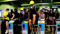 Hong Kong protesters change tactics