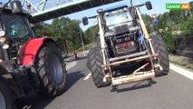 L'Avenir - En colère, les agriculteurs bloquent la N25