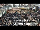 À Hong Kong, un sit-in géant paralyse l'aéroport