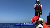 Sono 400 i migranti bloccati a bordo di Open Arms e Ocean Viking