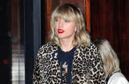 Taylor Swift pays fan's tuition
