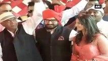 Watch -  Aamir Khan Attends Wrestler Geeta Phogat's Wedding