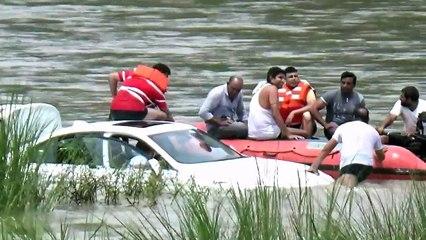 Filho de papá atira BMW Série 3 ao rio porque queria um Jaguar
