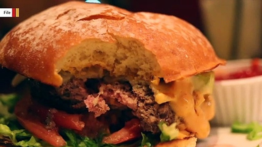 UK University Stops Selling Burgers On Campus To Fight Climate Change
