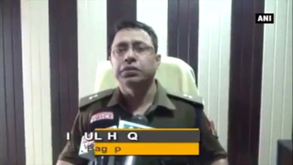 Demonetisation -  Police Lathi Charge People Who Came To Exchange Money