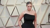 Model Ashley Graham Announces Pregnancy