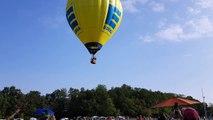 Concours samedi 4 août...Passage Surprise d'une montgolfière pour débuter notre concours!