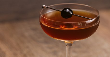 Manhattan Cocktail Recipe - Liquor.com