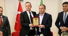 Polisler, Denizlispor Başkanı Ali Çetin'i dövüp kaburgasını kırdı!