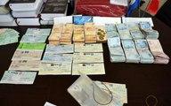 Belediye işçisinin parkta bulduğu çantadan yaklaşık 2 milyon lira çıktı