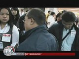 Angry OFWs from Algeria reject DFA help