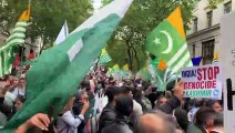 pakistanis protest against india
