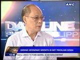 Economist gives Aquino gov't a 'passing mark'