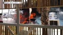 Arde un barco en el puerto de Torrevieja