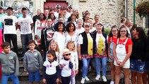 شاهد: مدينة فرنسية تحتضن المهرجان السنوي للتوائم
