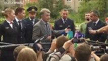 """من هو دامير يوسوبوف """"بطل"""" روسيا الذي أنقذ حياة 233 راكبا بعد هبوط اضطراري في حقل؟"""
