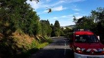 Tarare    un motard chute dans un ravin, il reste accroché à un arbre