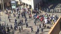 الشرطة تفرق بعنف متظاهرين معارضين في زيمبابوي