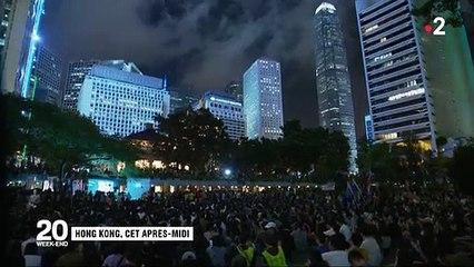 Les manifestations se poursuivent  Hong Kong malgré le risque d'intervention de l'armée chinoise