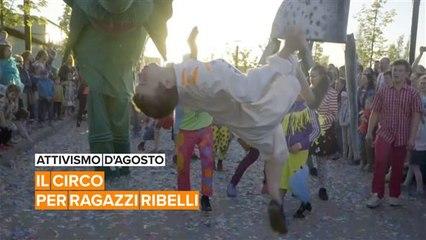 Attivismo d'Agosto: Nikolai, il performer del circo che aiuta i ragazzi